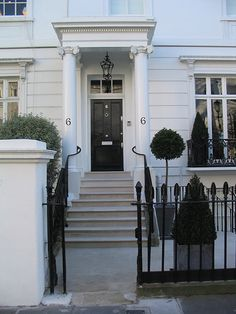 Stone entrance steps and paving in Portland Stone Kensington (2)