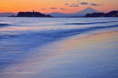 Sea of dusk and Mt. FujiNo'3 by lorcachi