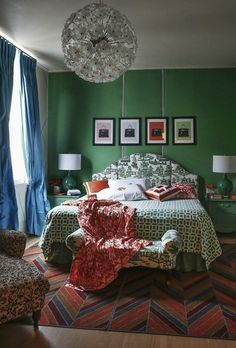 AphroChic: Update Your Walls In Emerald Green