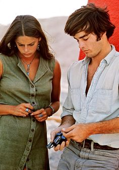 Daria Halprin and Mark Frechette - Zabriskie Point (Antonioni, 1970)