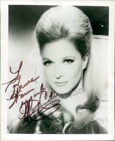 Costa, Mary - Signed photo