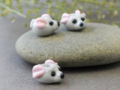 Little Mouse Lampwork Bead Lampwork Animal by JewelryBeadsByKatie  $5.20 each  **FOR CAT & MOUSE bracelet**