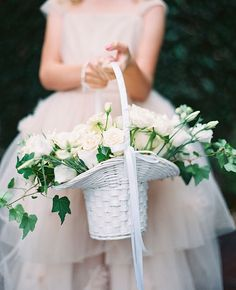 12 Flower Baskets Your Flower Girl Will Love ~ monochromatic basket and roses with ivy. Flower Girl Outfits, Flower Girls, Flower Girl Basket, Flower Baskets, Phuket Wedding, Dallas Wedding Photographers, Special Flowers, Brunch Wedding, Amazing Flowers