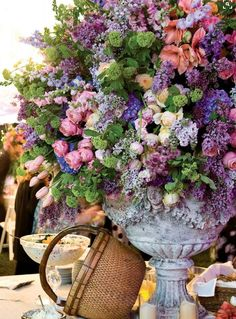 Hello…hope you are well. I scheduled this ahead of time so hope it posts when it's supposed to! Every now and then I feature a Pinterest board of mine and today's is all about flowers. If you love flowers like … Continue reading →