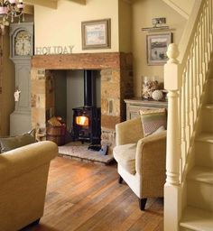 Living room ideas country cottage wood stoves 57 New ideas Cottage Living Rooms, Cottage Interiors, My Living Room, Home And Living, Stairs In Living Room, Cottage Bedrooms, Modern Living, Cottage Shabby Chic, Modern Cottage