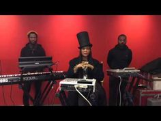Erykah Badu Feat. Cory Henry And Rashad Smith At The New York Times