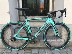 Bianchi Oltre XR4 with Campagnolo groupset and Bora One 50 wheels.. Pic @bianchibenelux . Find me on Instagram @bestbikekit Facebook - bestbikekit Twitter @bestbikekit Web: www.bestbikekit.com . #bianchi #oltre #bianchioltre #oltrexr4 #campagnolo #celeste #campy #carbon #speed #fitness #racing #roadbike #bikeporn #instabike #instacycling #bestbikekit #instalike #instagood #garmin #strava #aero #velo #endurance #rapha #rcc #sprint #triathlon #tri #triathlete #lighweight