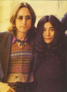 John Lennon y Yoko Ono Foto Beatles, Les Beatles, John Lennon Beatles, Beatles Photos, Woodstock, John Lennon Yoko Ono, Jhon Lennon, Joko, The Fab Four