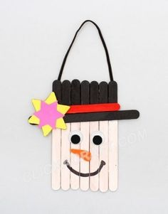 "Popsicle Stick Decoration "" Snowman"" Craft – Cool Ideas for Making Christmas Projects by colleen Christmas Art For Kids, Christmas Activities, Christmas Projects, Holiday Crafts, Holiday Fun, Christmas Things, Holiday Ideas, Christmas Ideas, Xmas"