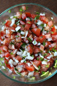 Homemade pico de gallo - I use this on everything. Its great on top of rice or meat. or just as a side with the rest of your meal. Try it on scrambled eggs with a few slices of avocado. Paleo Recipes, Mexican Food Recipes, Great Recipes, Cooking Recipes, Favorite Recipes, Ethnic Recipes, Salsa Fresca Recipe, Appetizer Recipes, Appetizers