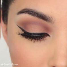 Natural Makeup For Brown Eyes, Makeup Looks For Brown Eyes, Makeup Eye Looks, Smokey Eye Makeup, Eyeshadow Makeup, Natural Eye Makeup Step By Step, Sfx Makeup, Glitter Makeup, Makeup Eyes