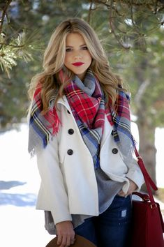 Forever 21 Plaid Scarf. Old Navy Jacket, Forever 21 Purse | Polished and Pink