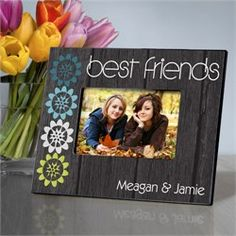 """Best Friends"" picture frame - perfect for teen girls - Get it personalized with their names! (Then cross your fingers they don't have a fight!) #besties"