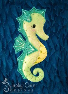 seahorse- felt
