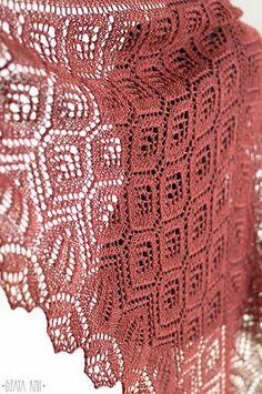 Ravelry: Incas Shawl pattern by Daria Sorokina