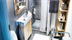 Salle de bain : mosaique et bois blond + mini lavabo