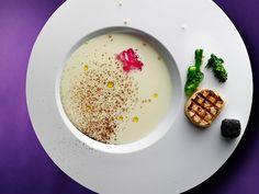http://www.pierre-gagnaire.com/restaurants/pierre_gagnaire_tokyo