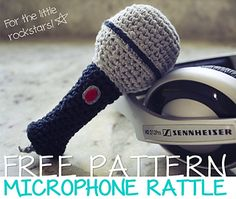 Free pattern microphone rattle