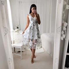 Miss Runway Fashion - Hilton Dress - Black Simple Dresses, Cute Dresses, Girls Dresses, Summer Dresses, Summer Outfits, Dresses To Wear To A Wedding, What To Wear To A Wedding, Wedding Dress, Floral Midi Dress
