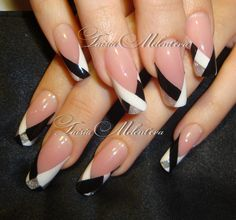 Black and white nails Frensh Nails, Hot Nails, Glitter Nails, Silver Glitter, Acrylic Nails, Silver Nails, Fabulous Nails, Gorgeous Nails, Pretty Nails