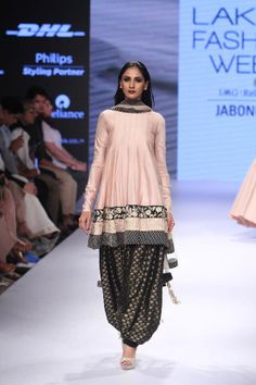 Payal Singhal at Lakmé Fashion Week Winter/Festive 2015 Indian Fashion Dresses, Indian Designer Outfits, India Fashion, Ethnic Fashion, Asian Fashion, Fashion Outfits, Fashion Ideas, Women's Fashion, Indian Wedding Outfits