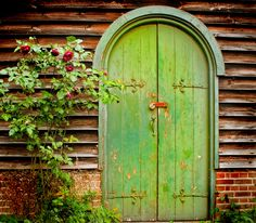 Green door and red roses (Explored *170 on 19th February 2013-thanks!) by jimj0will on Flickr