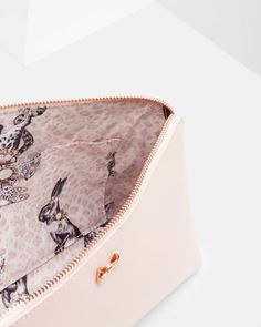 Textured leather large wash bag - Pale Pink | Gifts for her | Ted Baker UK
