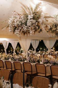 Real Wedding / A Dreamlike Destination Wedding / Photographed by Cinzia Bruschini #floral #weddingstyling #italianwedding