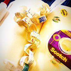 make a paper chain