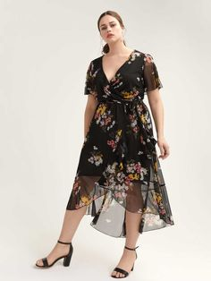 Feminine plus size maxi dress with flounce sheer hem and short slit sleeves. Light lined fabric with contrasting floral print. <br /><br />Features<br />- Fit and flare<br />- V-neck<br />- Self-tie belt at waist<br />- length Flattering Dresses, Plus Size Maxi Dresses, Short Sleeve Dresses, Dresses With Sleeves, Addition Elle, Curvy Fashion, Petite Fashion, Fall Fashion, Style Fashion