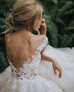 Backless Wedding Dress Trends To Inspire Brides - Wedding Dresses Lace Wedding Dress Trends, Best Wedding Dresses, Wedding Gowns, Lace Wedding, Delicate Wedding Dress, Wedding Bride, Mermaid Wedding, Bridal Gowns, Cinderella Wedding