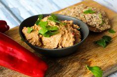 Haydari – cremet dip med peberfrugt og feta