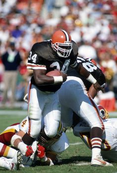 Kevin Mack of the Cleveland Browns