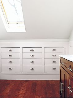 Storage: Recess it into Knee Walls Perimeter drawers, cabinets, and cubbies save space. Get the how-to on recessing a chest of drawers. Attic Master Bedroom, Attic Bedroom Designs, Attic Bedrooms, Attic Design, Attic Bathroom, Bedroom Ideas, Bedroom Small, Bedroom Loft, Closet Designs