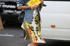 How the fashion elite do street style