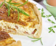 Quiche Lorraine (francia pitetorta) Receptek a Mindmegette. Quiche Lorraine, Lasagna, French Toast, Sandwiches, Pie, Breakfast, Ethnic Recipes, Desserts, Hungarian Food