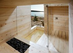 Kyly is a massive wood sauna designed by Avanto Architects from Helsinki in Finland. Kyly is an old Karelian word and means sauna or bathing. Modern Saunas, Bio Sauna, Steam Sauna, Piscina Spa, Spas, Sauna Design, Outdoor Sauna, Finnish Sauna, Sauna Room