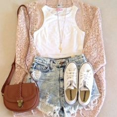Hispter look we love! #fashion