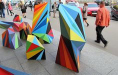 We're all familiar with pattern association, like how Missoni is famous for a certain pattern; well, Matt W Moore is pretty well known for his bold, in your face geometric sculptures. Land Art, Modern Art, Contemporary Art, Contemporary Sculpture, Geometric Sculpture, Outdoor Art, Outdoor Sculpture, Street Artists, Public Art