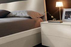 Camera da letto di design in vero legno 83 - testiera del letto ...