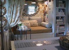 How perfect is this nook! You could use it as a small space day bed!