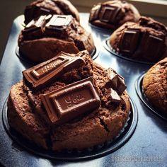 สำหรับ 6 ที่ ○แป้ง100 กรัม Unsweet chocolate10g ○ผงฟู 3g ไข่ L 2 น้ำตาล 40 ~ 50 กรัม ครีม100 กรัม ช็อคโกแลตบาร์※2-3 แผ่น