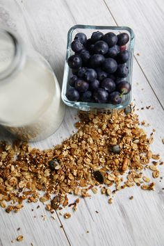 HOMEMADE GRANOLA - Berries & Passion