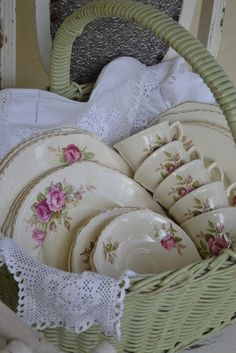 Shabby Chic Display ~ Vintage Tea Cups & Plates ~ Basket & Linen Lace