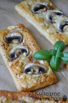 Przekąska z ciasta francuskiego i pieczarek, Przekąska z ciasta francuskiego i pieczarek w 5 minut!, szybkie przekąski na imprezę z ciasta francuskiego