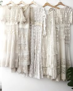 Boho Fashion, Vintage Fashion, 1900s Fashion, Lingerie Dress, Linens And Lace, Vintage Couture, Antique Clothing, Vogue, Vintage Lace