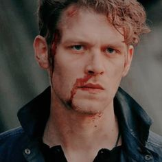 Klaus From Vampire Diaries, Vampire Diaries Seasons, Vampire Diaries The Originals, Joseph Morgan, Riverdale Betty And Jughead, Davina Claire, Hot Vampires, The Originals Tv, Movies And Series