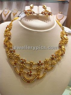 Light weight Gold necklace sets by Nalli. - Latest Jewellery Designs
