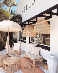 46 ways to turn your tiny balcony into an irresistible outdoor space 35 Patio Interior, Interior And Exterior, Outdoor Spaces, Outdoor Living, Outdoor Decor, Instagram Deco, Insta Instagram, Vitrine Design, Br House
