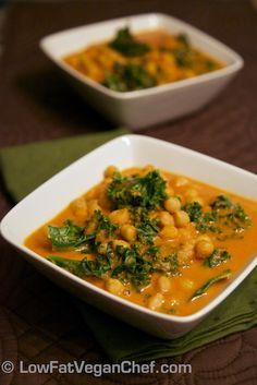 Noix de Coco Kale faible en gras le chef végétalien et pois chiches au curry